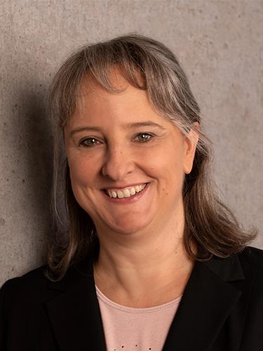 Porträt Christine Platz | Prof. Dr. Axel Koch