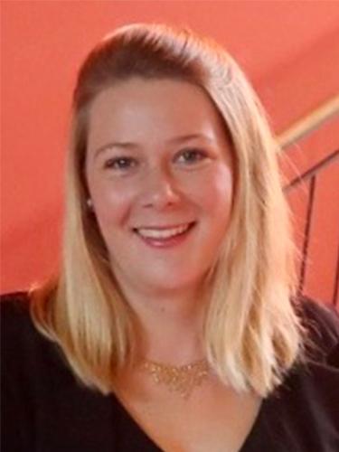 Porträt Jana Ständecke | Prof. Dr. Axel Koch